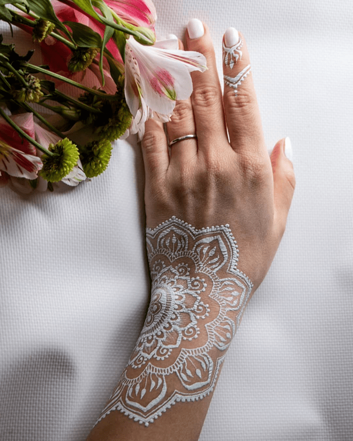 Floral White Mehndi