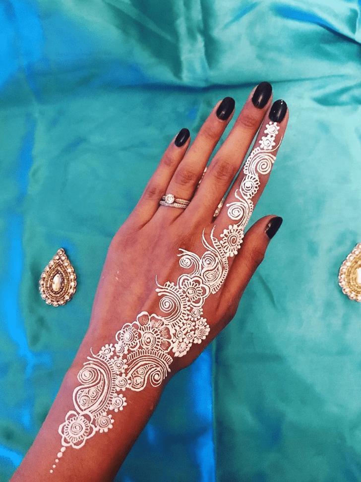 Flame White Mehndi Henna