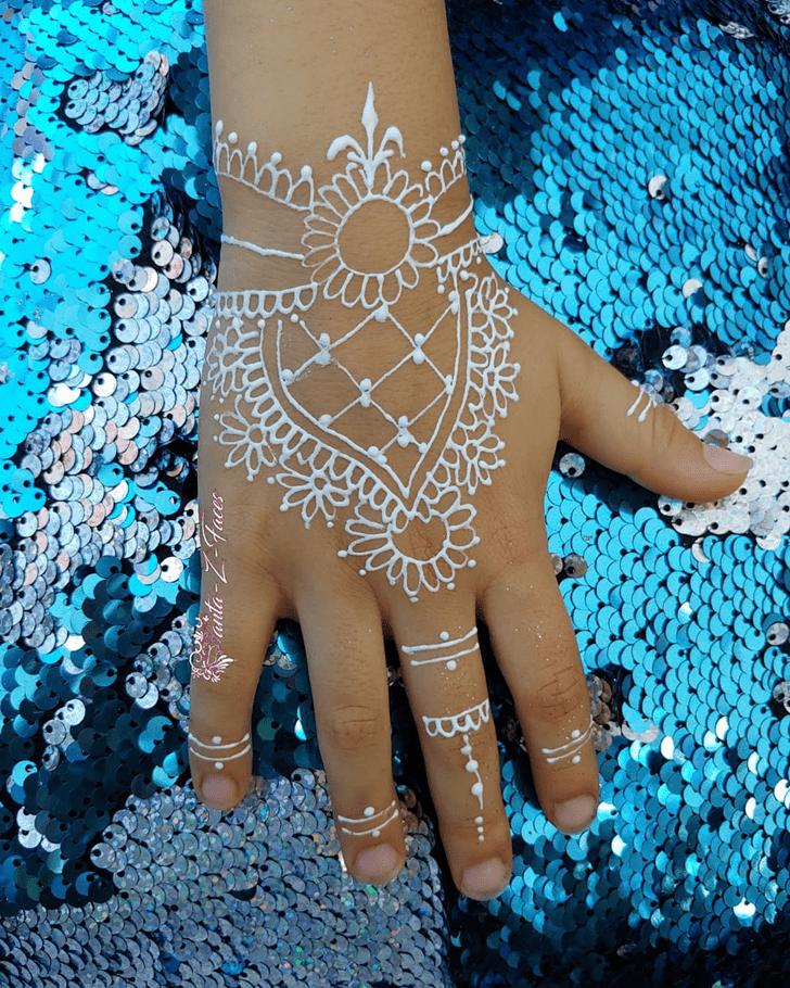 Thigh Mehndi Design