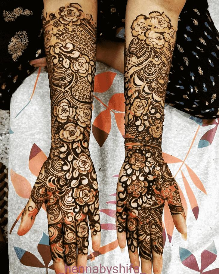 Alluring Women Henna design