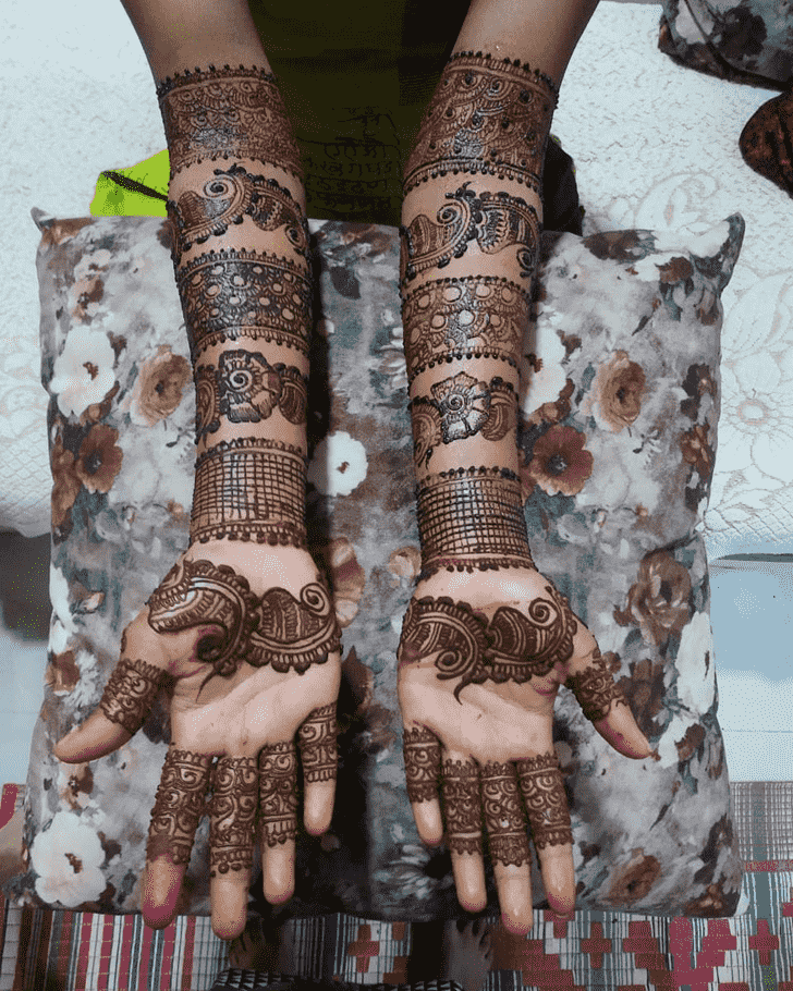 Appealing Women Henna design
