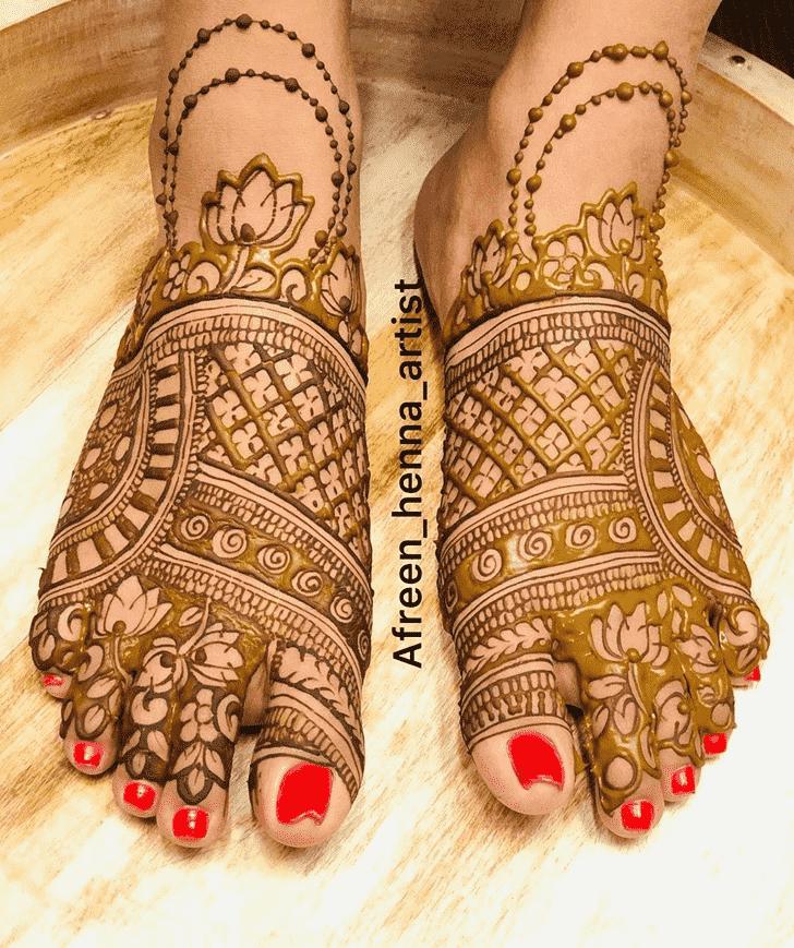 Beauteous Women Henna design