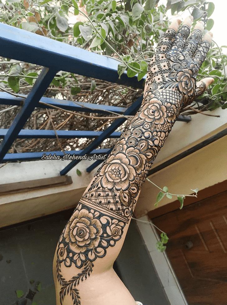 Captivating Women Henna design