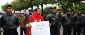 Tunisia marcia vs terrorismo