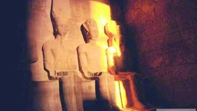 Photo of تعامد الشمس على وجه الملك رمسيس الثاني في جنوب مصر