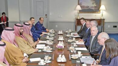 Photo of وزير الدفاع الأمريكي يدعو لحل سياسي عاجل للحرب في اليمن