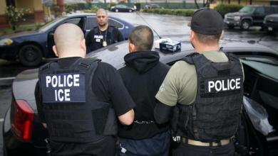 Photo of منع ضباط الهجرة الأميركيين من تهديد عراقيين محتجزين بترحيلهم