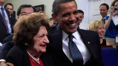 """Photo of 5 سنوات على رحيل عميدة مراسلي البيت الأبيض """"هيلين توماس"""""""