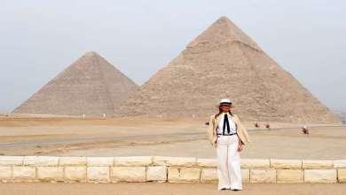 Photo of ميلانيا ترامب تزور الأهرامات وأبو الهول وتغادر مصر