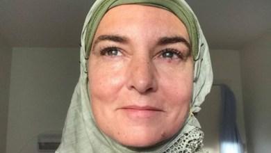 """Photo of المغنية الأيرلندية  الشهيرة سينيد أوكونورتعتنق الإسلام ، وتغير اسمها """"الى شهداء """""""
