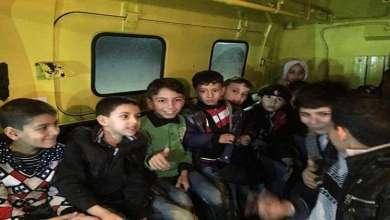 Photo of الأردن : إنقاذ أطفال أيتام سوريين بعد تعثرهم في الطريق بسبب الأمطار