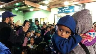 Photo of سلطات الهجرة الأميركية تجري فحوصا طبية لأطفال المهاجرين المحتجزين على الحدود