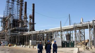 Photo of هبوط في مخزونات النفط الخام الأمريكية .. وزيادة مخزونات البنزين