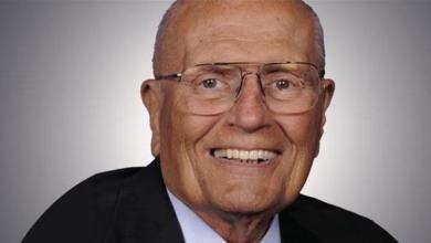 """Photo of وفاة """"عميد الكونجرس الأميركي"""" جون دينغل عن 92 عاما"""
