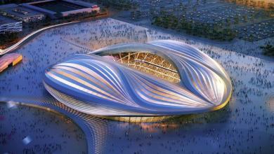Photo of زمن قياسي في مد الأرضية العشبية لأحد ملاعب كأس العالم 2022