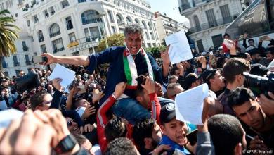 Photo of الجزائر: تواصل الحراك الشعبي وسط أنباء عن سحب أموال كثيرة