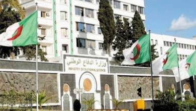 Photo of وزارة الدفاع الجزائرية تنفي إقالة رئيس الأركان