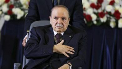 Photo of بوتفليقة يستقيل متمنيًا للجزائر وشعبه التوفيق من بعده