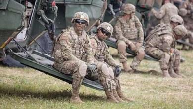 Photo of القوات الأمريكية ترفع إجراءاتها الأمنية بمحيط مقراتها في العراق