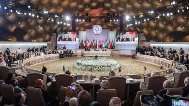 Photo of القمة العربية ترفض القرار الأمريكي بالاعتراف بسيادة إسرائيل على الجولان