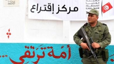 Photo of جدل تأجيل الانتخابات التونسية يعود من جديد.. والسجناء يصوتون لأول مرة