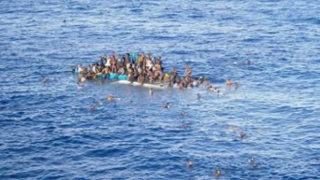 غرق سياح كوريين بعد غرق قاربهم في المجر