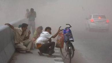 Photo of إعصار يجلي أكثر من مليون شخص من منازلهم في الهند