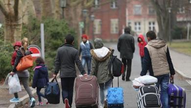 Photo of تقرير: آلاف المهاجرين عاودوا دخول ألمانيا بعد ترحيلهم