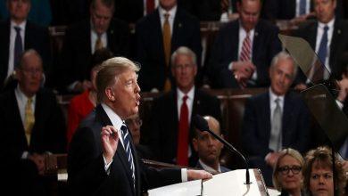 Photo of ترامب يتهم الديمقراطيين باحتجاز حزمة المساعدات ويهدد باستخدام سلطاته