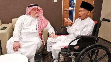 Photo of السعودية تحقق أمنية معمر إندونيسي عُمره 130 عامًا