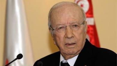 Photo of الرئيس التونسي: سأواصل العمل حتى إنهاء مهمتي في ديسمبر القادم