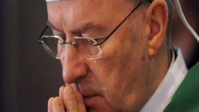 Photo of رفع الحصانة عن سفير الفاتيكان لدى فرنسا إثر اتهامه بالاعتداء الجنسي