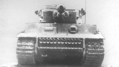 Photo of روسيا تعثر على دبابة مدمرة عند حدود أوكرانيا تعود للحرب العالمية الثانية