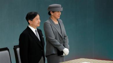 Photo of إمبراطور اليابان يأسف لماضي الحرب الذي شاب تاريخ بلاده