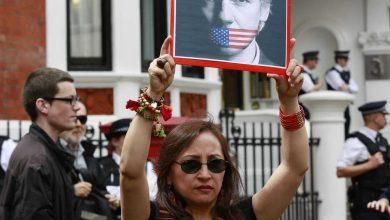 Photo of بريطانيا ترفض الإفراج عن مؤسس ويكيليكس رغم انتهاء فترة احتجازه