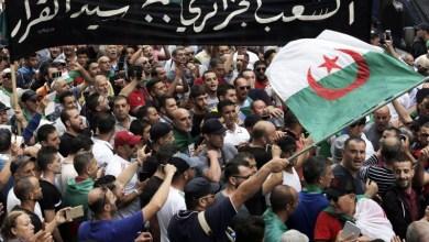 Photo of الشارع الجزائري يصر على التخلص من رموز نظام بوتفليقة قبل الانتخابات
