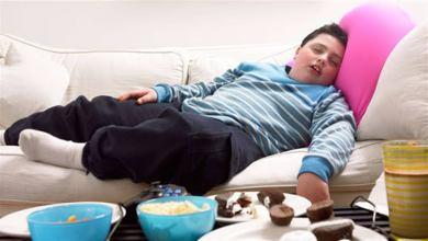 Photo of قلة النوم تزيد خطر الإصابة بالسمنة