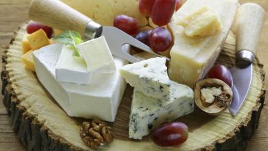 Photo of دراسة: الجبن يحمل هرمون قاتل ويسبب سرطان الثدي!