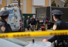 Photo of رجل ينقل جثة إلى مركز شرطة في كاليفورنيا ويعترف بقتل 4 أشخاص