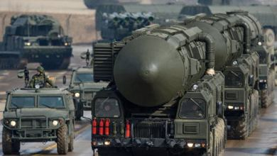 Photo of الصين تعرض صاروخًا عابرًا للقارات هو الأبعد مدى من نوعه في العالم