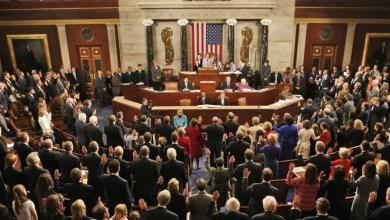 """Photo of """"النواب الأمريكي"""" يقلص صلاحيات ترامب بشأن إعلان الحرب على إيران"""