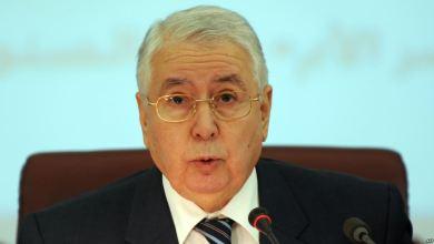 Photo of إقرار قانون يمنع العسكريين من ممارسة السياسة في الجزائر