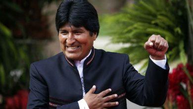 Photo of رئيس بوليفيا ينجو من الموت بعد تعطل طائرته في الجو (فيديو)