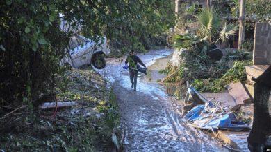 Photo of انهيار الطرق وإجلاء مئات الأشخاص بسبب الطقس السئ في إيطاليا