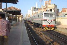Photo of للمرة الثانية: مصرع شاب مصري قفز من القطار بسبب الغرامة