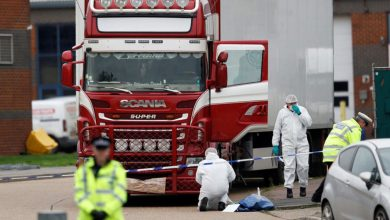 "Photo of بريطانيا تتهم رجلًا من أيرلندا الشمالية في قضية ""شاحنة الجثث"""