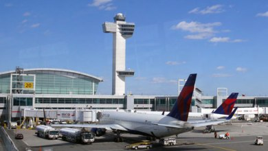 Photo of اعتقال أمريكية بتهمة سرقة طائرة في مطار بولاية كاليفورنيا