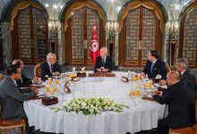 Photo of تونس بين خيارين.. حكومة أمر واقع أو إجراء انتخابات مبكرة