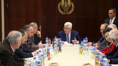 Photo of الرئاسة الفلسطينية تنفي إجراء محادثات مع واشنطن بشأن صفقة القرن