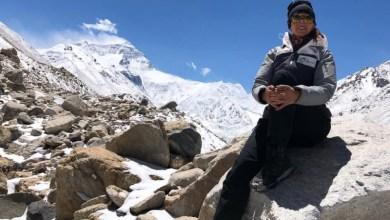 Photo of توثيق رحلة أول امرأة عربية تصل إلى قمة إيفرست